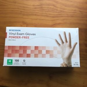 New Box of 100 gloves